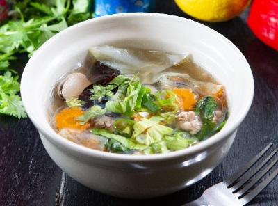 トムジュー・ウンセン 春雨と野菜のあっさりスープ