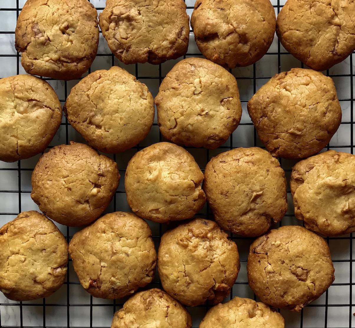 くるみとホワイトチョコのクッキー