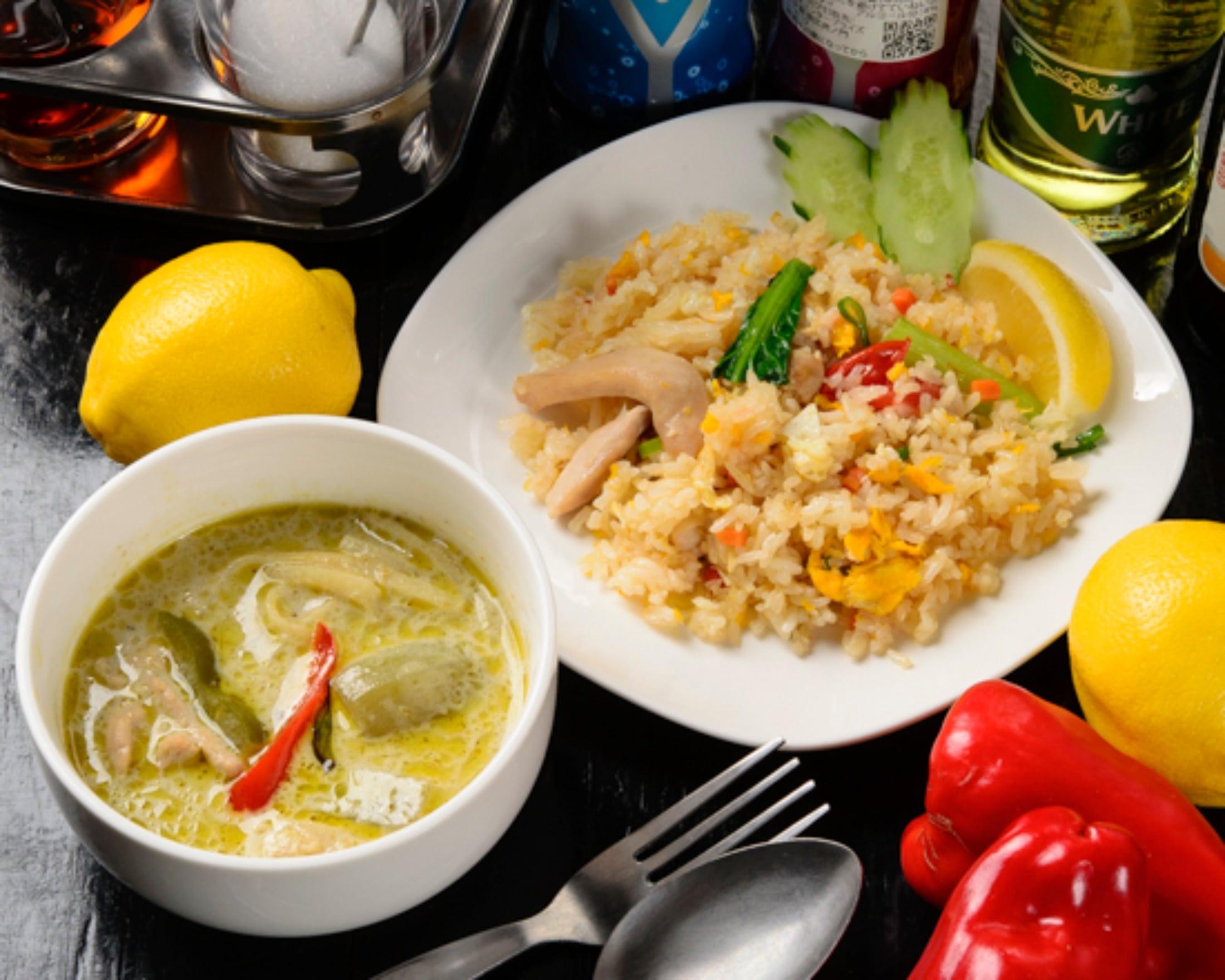 (モバイル限定)タイ料理2種弁当●グリーンカレー(ごはん無し)とタイの焼き飯
