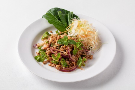 ラープ・ガイ / 鶏ミンチのタイハーブサラダ