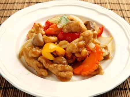 鶏肉とカシューナッツと野菜炒め
